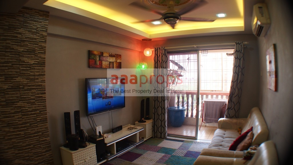 Apartment Sri Dahlia Kajang for sale