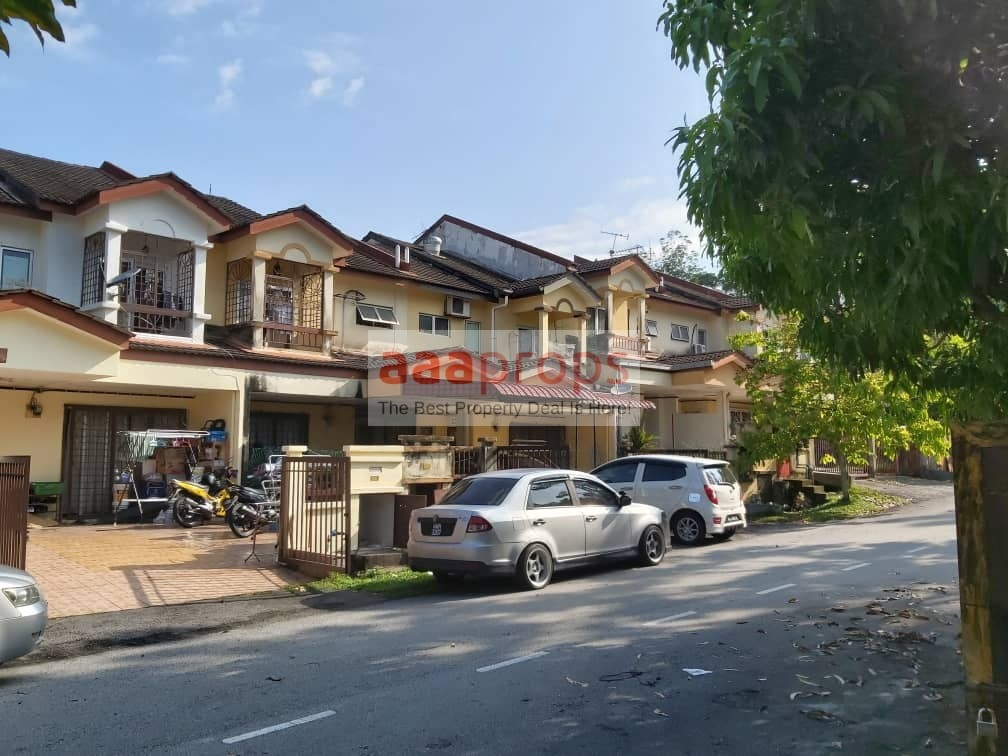 Double Storey Terrace, Taman Universiti, Bangi