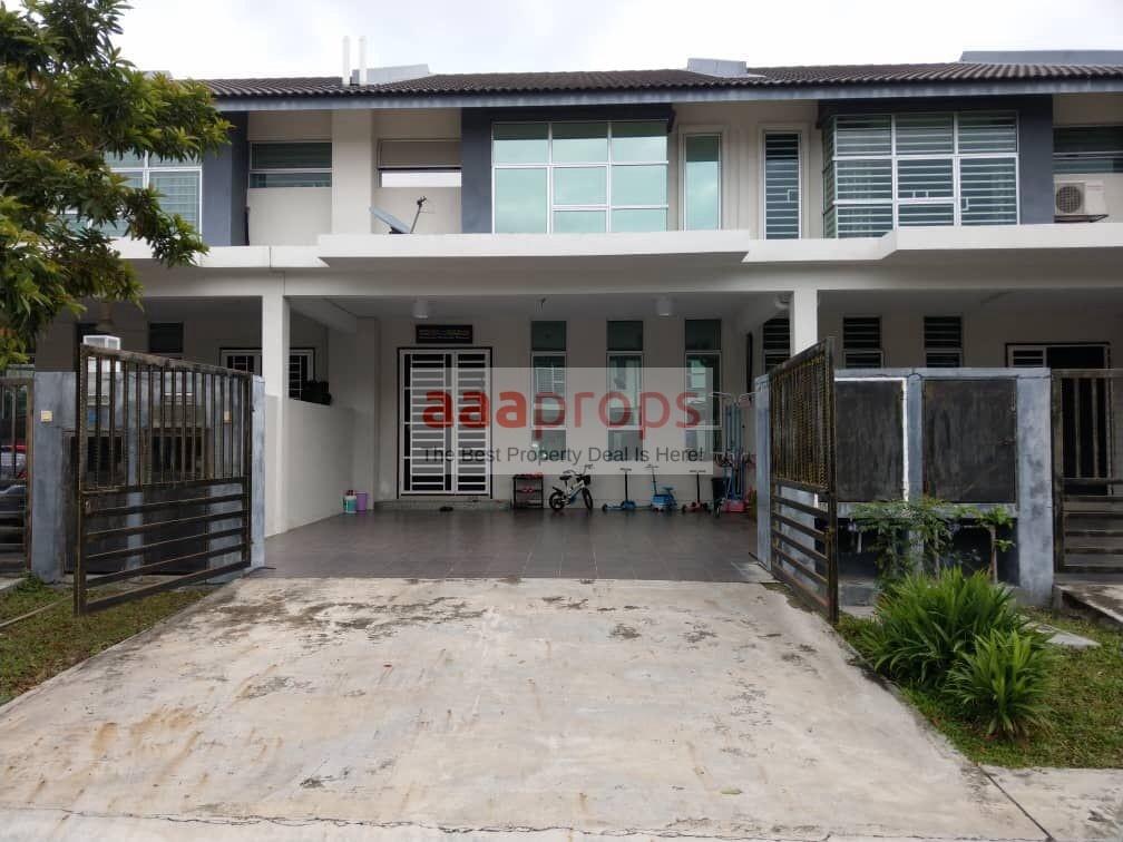 FULLY RENOVATED Double Storey Terrace Bangi Avenue 2
