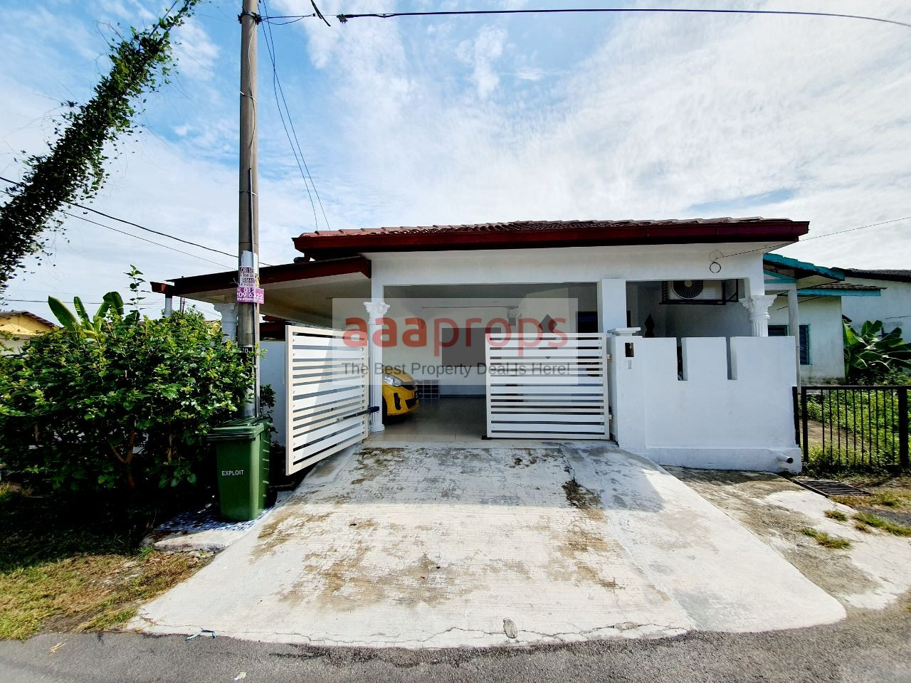 SINGLE STOREY CORNER LOT SEMI D HOUSE @ TAMAN DESA SURADA, SEKSYEN 8 BANGI