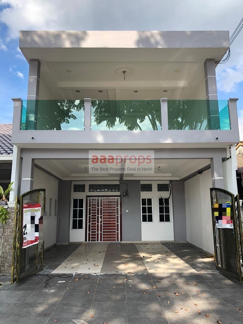 Fully Extended Double Storey House Taman Sri Serdang,  Seri Kembangan, Selangor