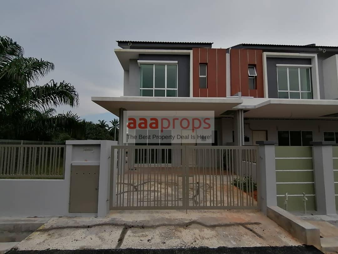 Double Storey Terrace Taman Warisan Putra, Jenderam Hilir, Corner Lot [Brand New Unit]