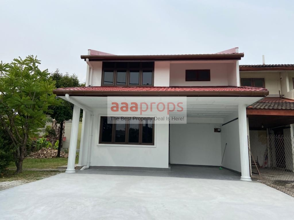 Double Storey Terrace, Seksyen 4 Tambahan Bandar Baru Bangi End Lot Unit with Land