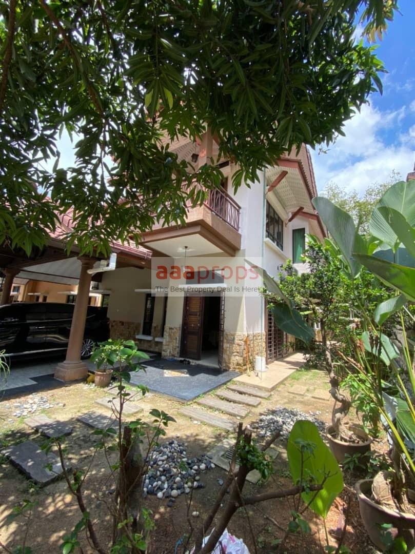 2 Storey Semi D House @ Seksyen 9 Bangi