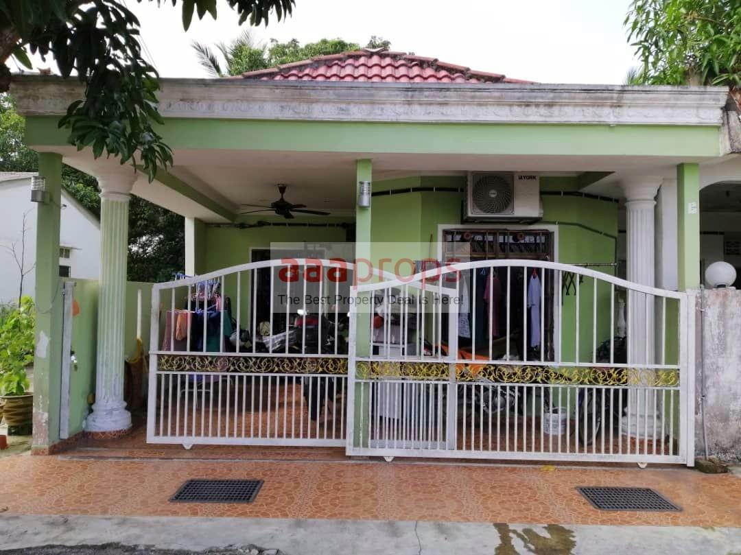 Single storey terrace END LOT Tmn Rambai Indah, Jenjarom Selangor